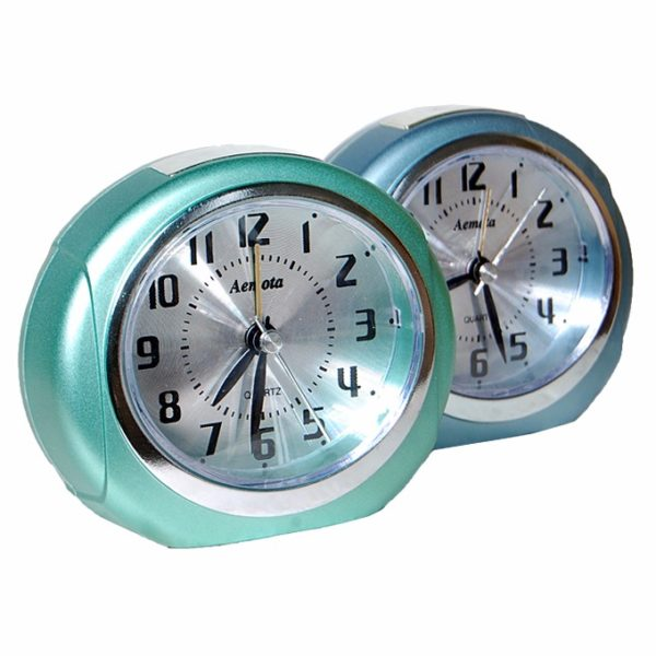 2302 Round Table Clock